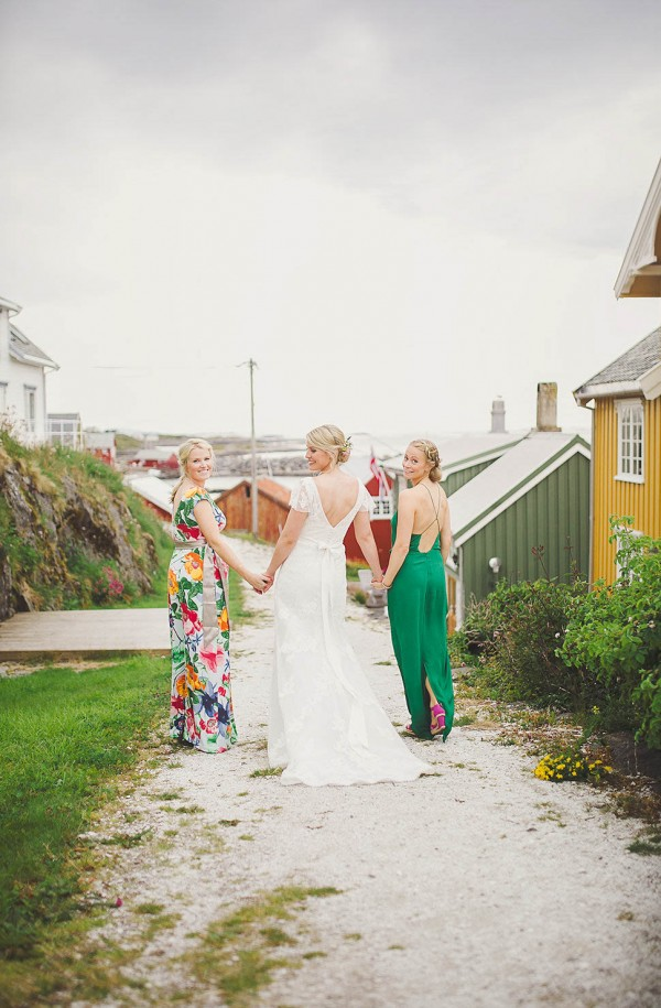 Bohemian-Nordic-Wedding-on-the-Island-of-Bjørnsund (9 of 37)