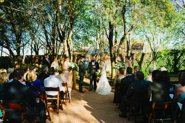 Classic-Texas-Wedding-at-Hoffman-Haus (26 of 40)