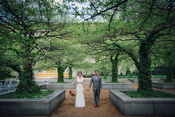 Colorful-Wedding-at-Floating-World-Gallery-Erin-Hoyt-Photography (11 of 22)