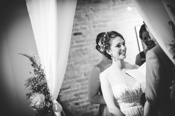 Colorful-Wedding-at-Floating-World-Gallery-Erin-Hoyt-Photography (18 of 22)