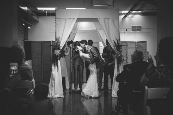Colorful-Wedding-at-Floating-World-Gallery-Erin-Hoyt-Photography (19 of 22)