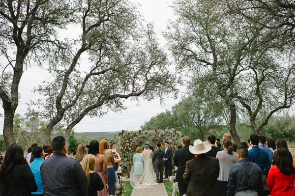 Hill-Country-Wedding-Vista-West-Ranch-Nadine-Photography (10 of 30)