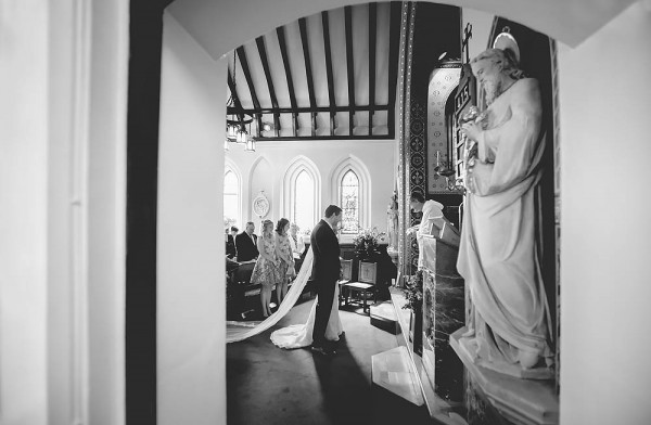 Indoor-Woodland-Wedding-at-Combermere-Abbey (8 of 27)