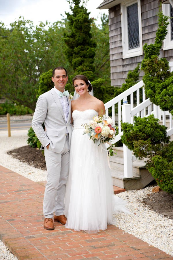Mint-Peach-Wedding-Mantoloking-Yacht-Club-Therese-Marie-Wagner (13 of 16)