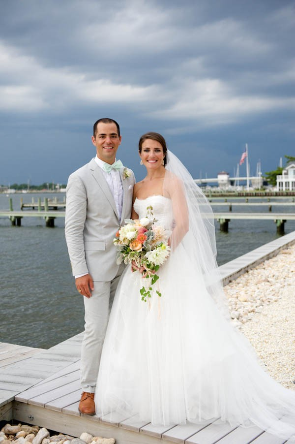 Mint-Peach-Wedding-Mantoloking-Yacht-Club-Therese-Marie-Wagner (15 of 16)