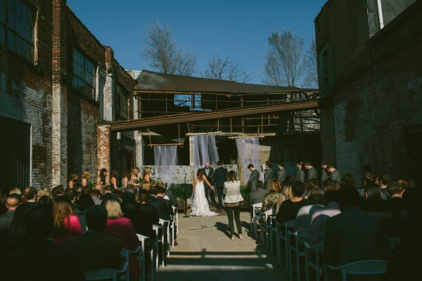 Modern-Ohio-Wedding-at-Strongwater (4 of 46)