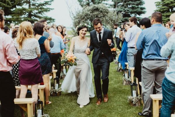Stunning-Saskatchewan-Wedding-at-Cedar-Lodge (14 of 38)