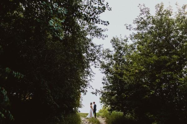 Stunning-Saskatchewan-Wedding-at-Cedar-Lodge (25 of 38)