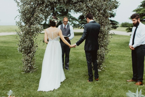 Stunning-Saskatchewan-Wedding-at-Cedar-Lodge (9 of 38)