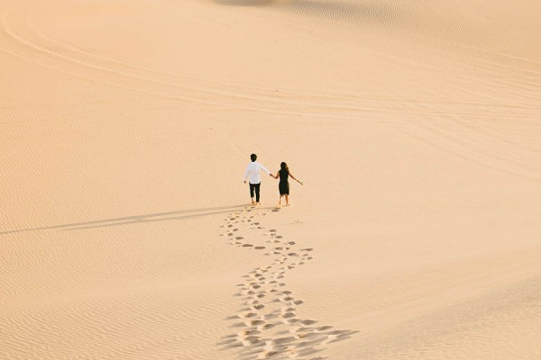Breathtaking-Engagement-Session-at-the-Imperial-Sand-Dunes-Michael-Ryu (30 of 35)