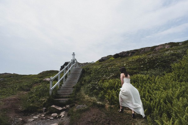 Carefree-Elopement-at-Cape-Spear-Lighthouse-Jennifer-Moher--2