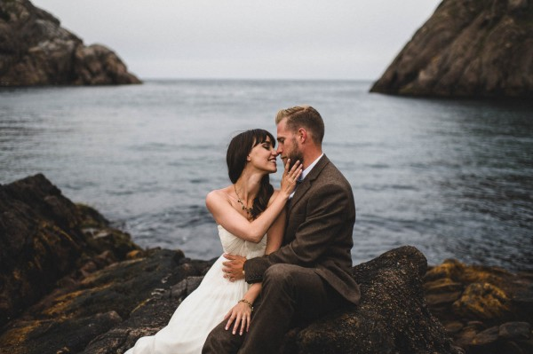 Carefree-Elopement-at-Cape-Spear-Lighthouse-Jennifer-Moher--22