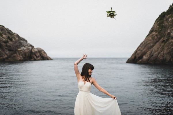 Carefree-Elopement-at-Cape-Spear-Lighthouse-Jennifer-Moher--25