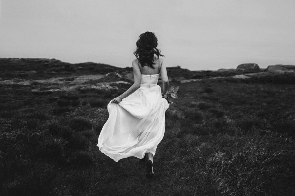 Carefree-Elopement-at-Cape-Spear-Lighthouse-Jennifer-Moher--41