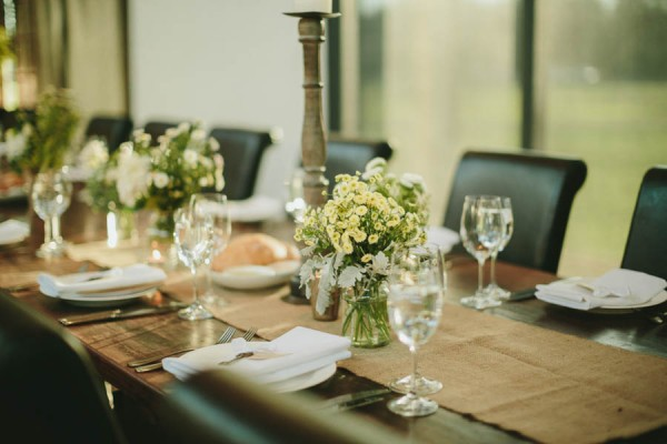 Converted-Barn-Wedding-at-the-Stones-of-the-Yarra-Valley-Darin-Collinson-Photography (13 of 26)