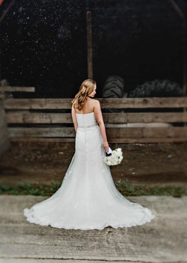Elegant-Farm-Wedding-in-Iowa-Amanda-Basteen-Photography--10