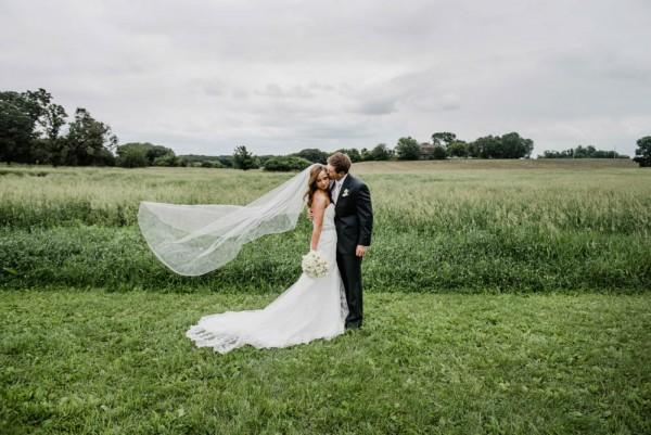 Elegant-Farm-Wedding-in-Iowa-Amanda-Basteen-Photography--16