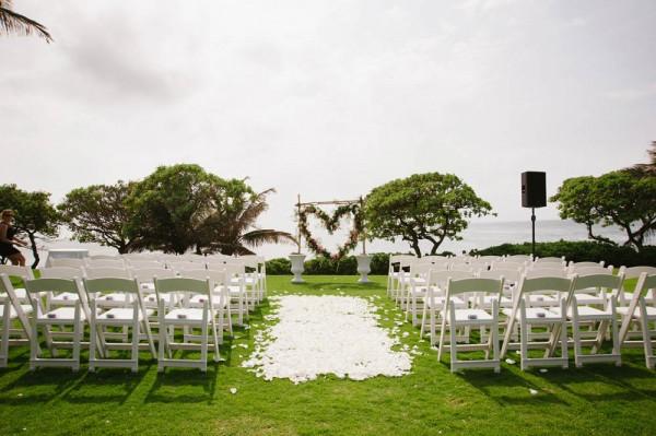 Hawaiian destination wedding at turtle bay resort junebug weddings hawaiian destination wedding at turtle bay resort derek junglespirit Image collections
