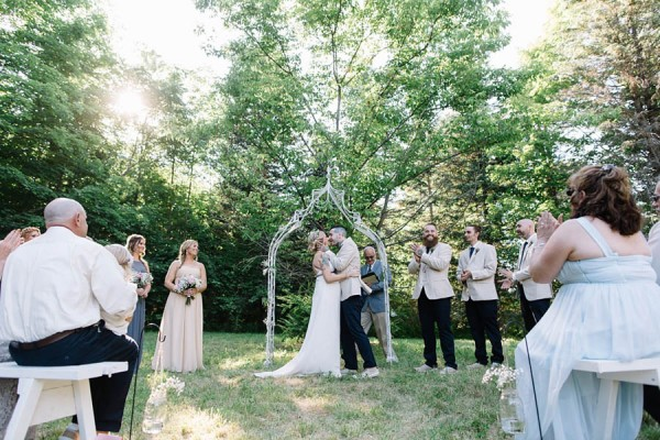 Maine-Barn-Wedding-at-Coolidge-Family-Farm-Darling-Photography (19 of 31)