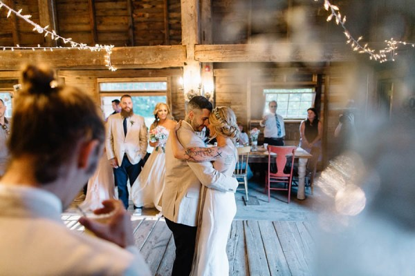 Maine-Barn-Wedding-at-Coolidge-Family-Farm-Darling-Photography (28 of 31)