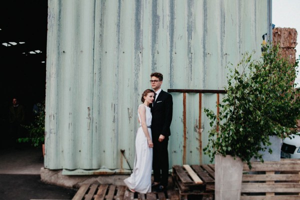 Minimalist-Warehouse-Wedding-in-Prague-Couple-of-Prague (26 of 37)