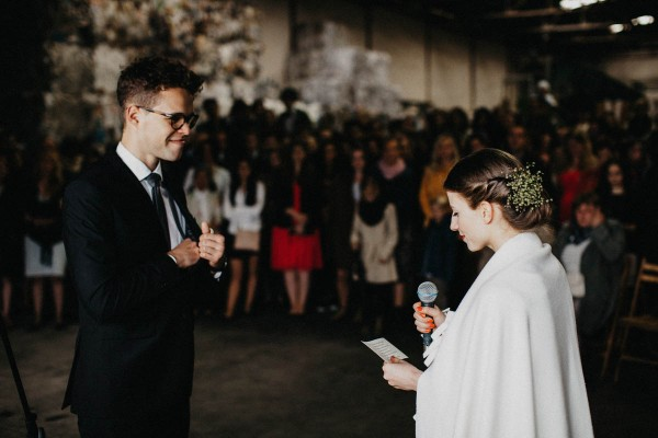 Minimalist-Warehouse-Wedding-in-Prague-Couple-of-Prague (5 of 37)