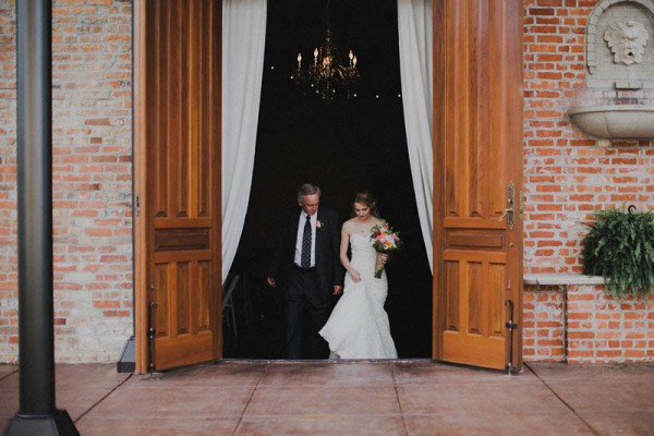 Quirky-Missouri-Wedding-at-Historic-Firehouse-No-2-Aaron-and-Whitney-Photography (15 of 45)