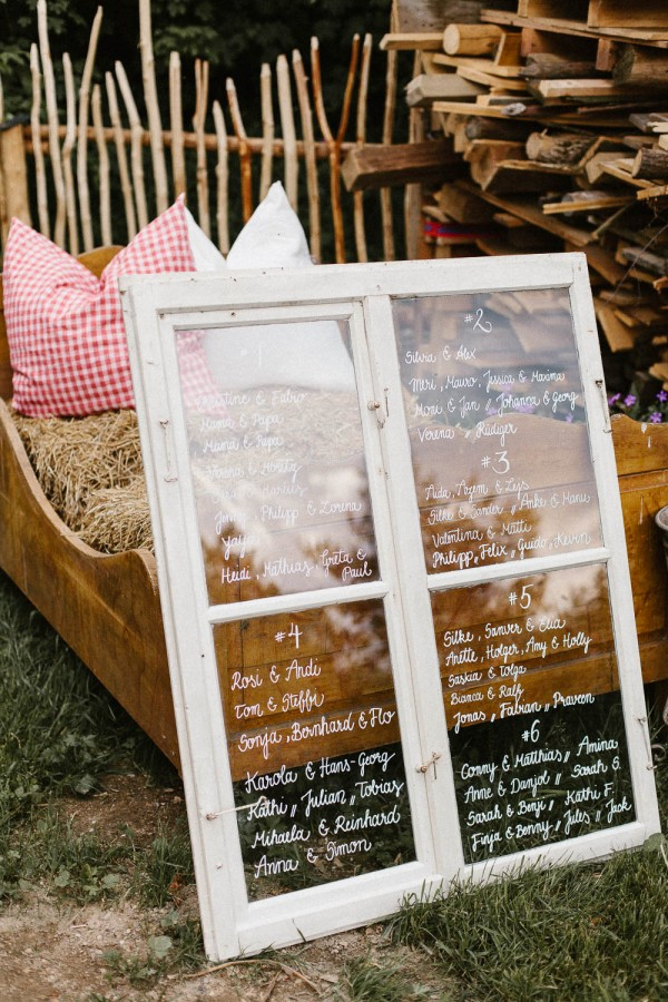 Relaxed-and-Natural-Barn-Wedding-in-Germany-Kevin-Klein-8761