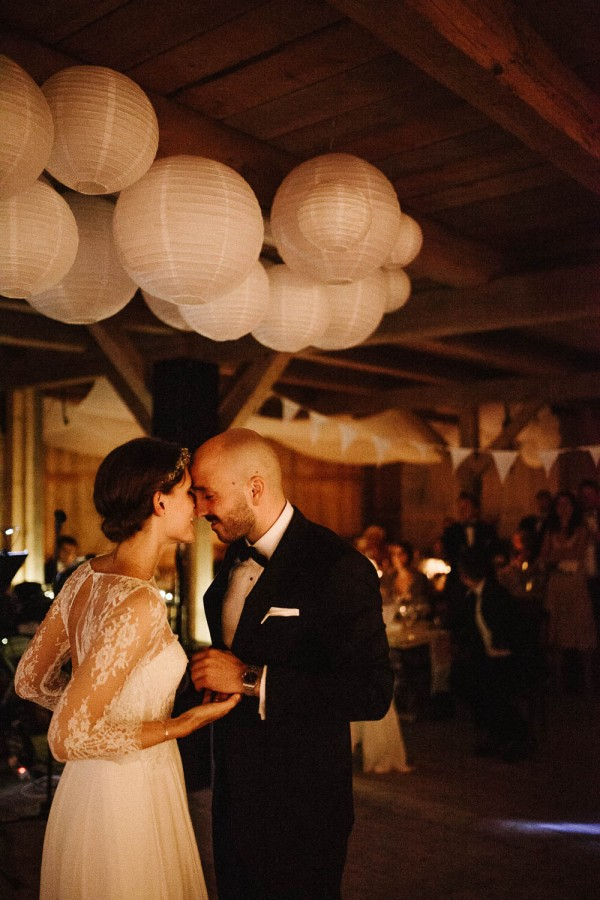 Relaxed-and-Natural-Barn-Wedding-in-Germany-Kevin-Klein-9866