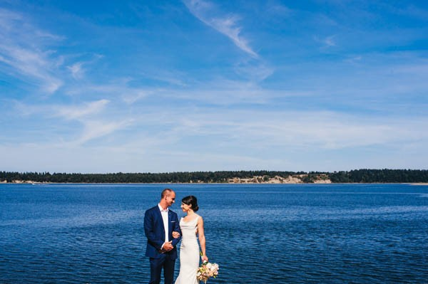 Romantic-Wedding-at-Sea-Cider-Farm-and-Ciderhouse-Jesse-Holland-Photography (11 of 29)