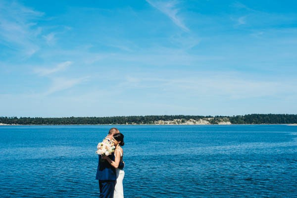 Romantic-Wedding-at-Sea-Cider-Farm-and-Ciderhouse-Jesse-Holland-Photography (12 of 29)