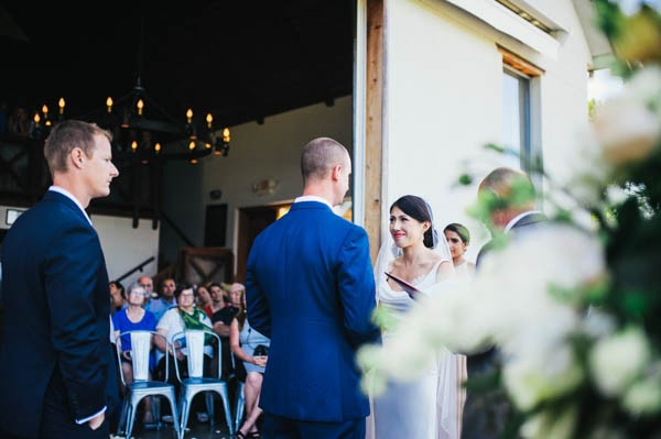 Romantic-Wedding-at-Sea-Cider-Farm-and-Ciderhouse-Jesse-Holland-Photography (23 of 29)