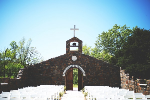 Tuscan-Inspired-Wedding-at-Sassafras-Springs-Vineyard (18 of 26)