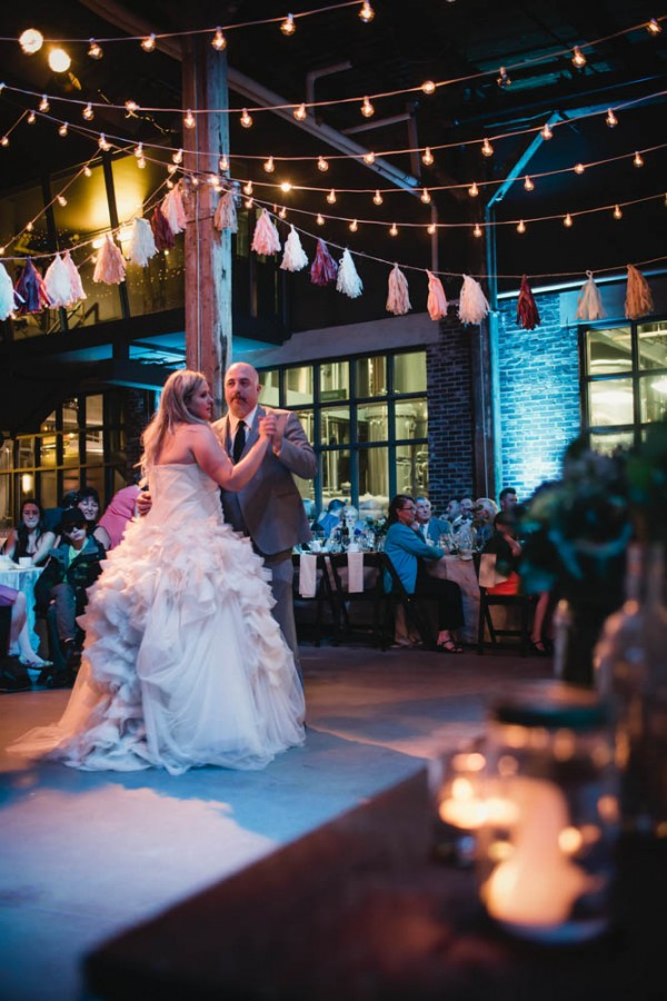 Vintage-Rustic-Wedding-at-Steam-Whistle-Brewery-Love-by-Lynzie-Events (22 of 24)