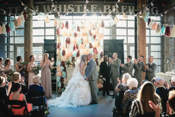 Vintage-Rustic-Wedding-at-Steam-Whistle-Brewery-Love-by-Lynzie-Events (3 of 24)