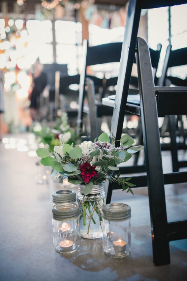 Vintage-Rustic-Wedding-at-Steam-Whistle-Brewery-Love-by-Lynzie-Events (5 of 24)
