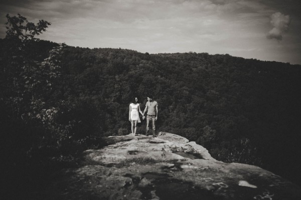 Virginia-Engagement-Photos-in-Jefferson-National-Forest-Brandi-Potter-Photography-2