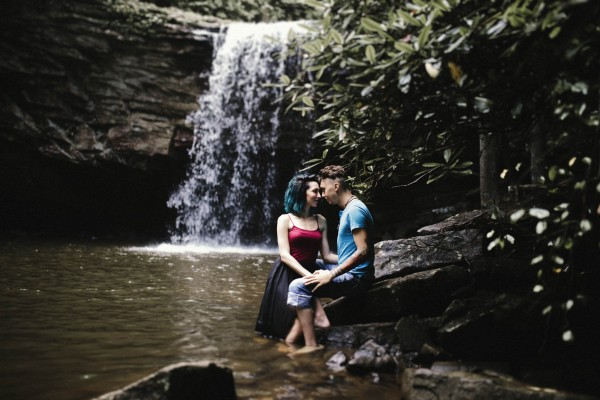Virginia-Engagement-Photos-in-Jefferson-National-Forest-Brandi-Potter-Photography-2-7