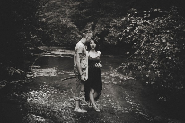 Virginia-Engagement-Photos-in-Jefferson-National-Forest-Brandi-Potter-Photography-2-8