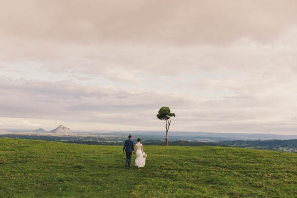 Weddings-at-Tiffanys-Wedding-in-the-Queensland-Countryside (22 of 29)