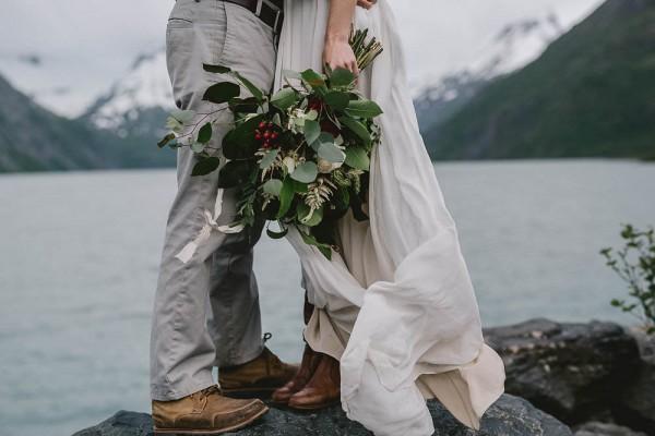 Alaskan-Elopement-Inspiration-at-Portage-Lake-Jess-Hunter-Photography-5845
