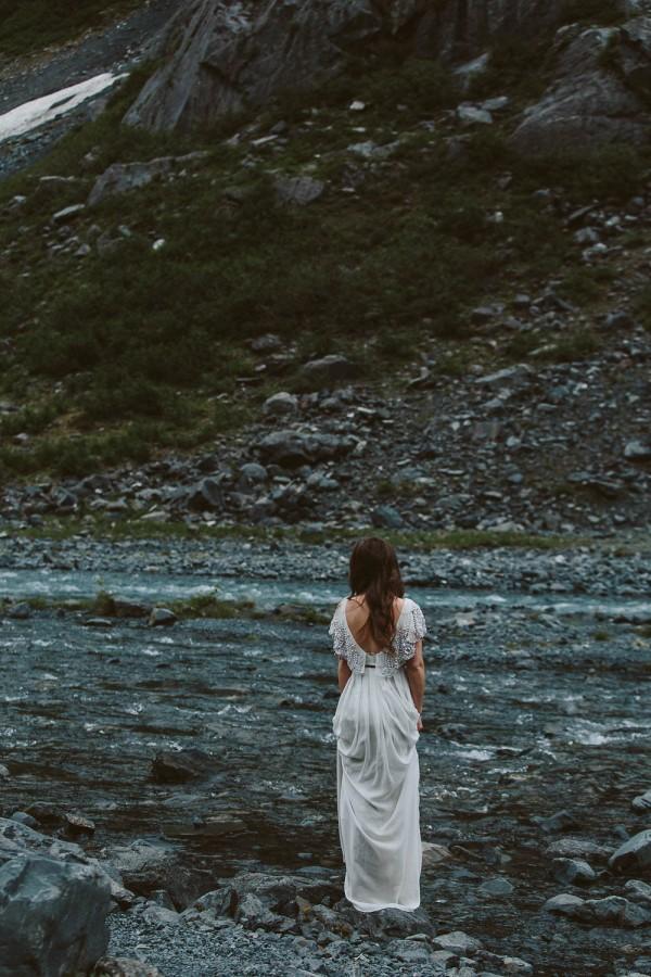 Alaskan-Elopement-Inspiration-at-Portage-Lake-Jess-Hunter-Photography-6125