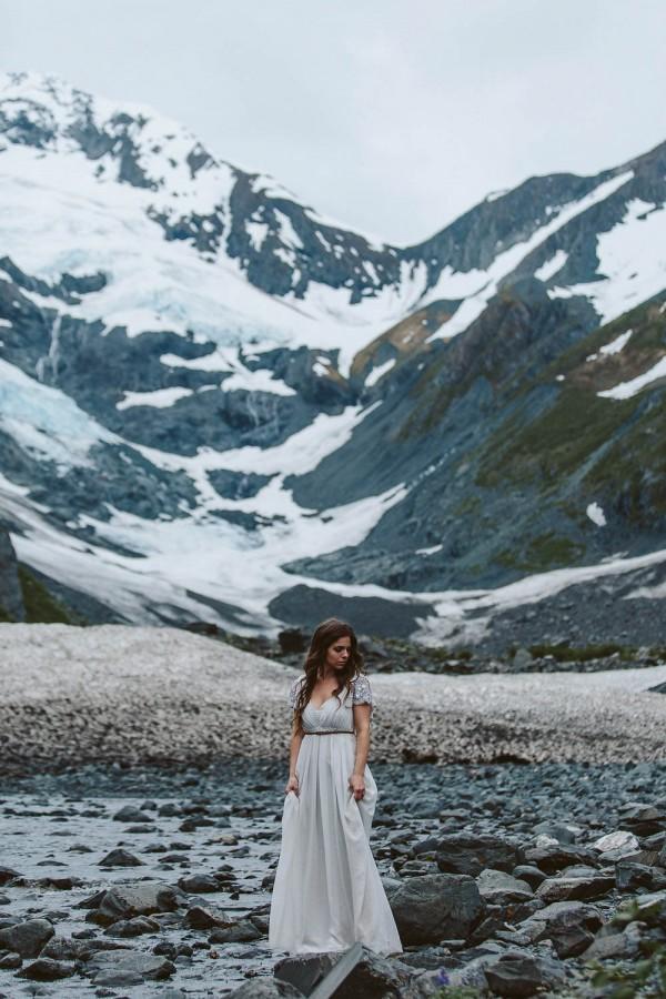 Alaskan-Elopement-Inspiration-at-Portage-Lake-Jess-Hunter-Photography-6135