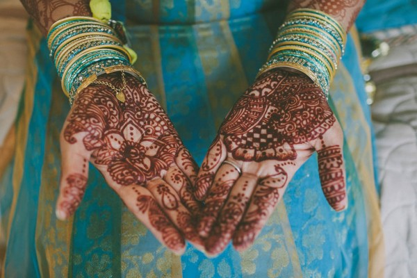 Blue-and-Gold-Hindu-Wedding-Villetto-Photography-006