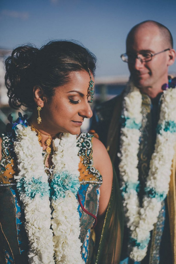 Blue-and-Gold-Hindu-Wedding-Villetto-Photography-536