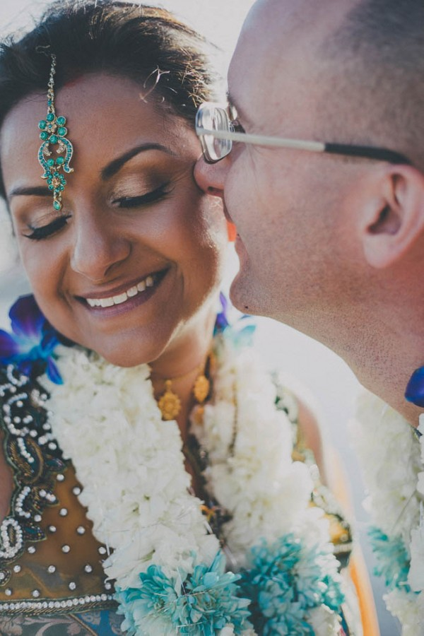 Blue-and-Gold-Hindu-Wedding-Villetto-Photography-548