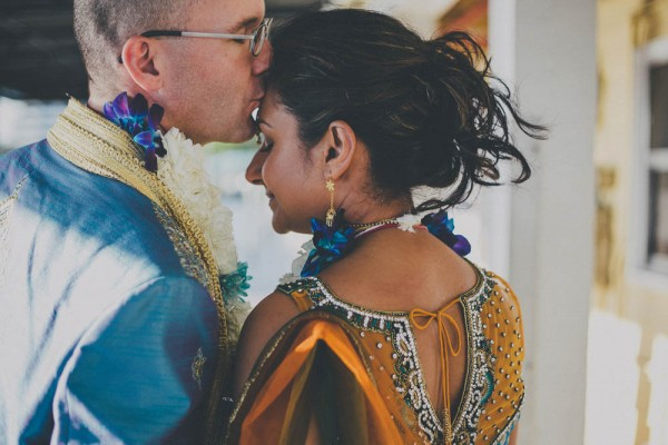 Blue-and-Gold-Hindu-Wedding-Villetto-Photography-559