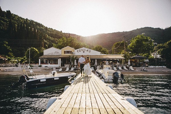 Breezy-Greecian-Destination-Wedding-in-Corfu-The-Twins-093