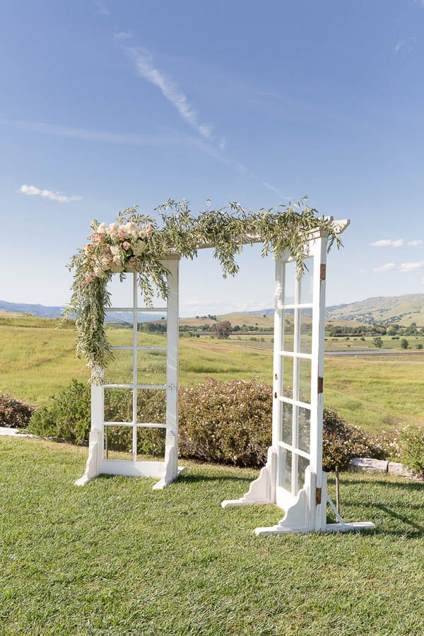 Classic-California-Wedding-at-Taber-Ranch-Kate-Whelan-Events--11