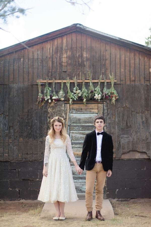 Country-Bohemian-New-Mexico-Wedding-11-of-35-600x899